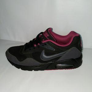 Nike Air Max Black & Pink Size 7.5